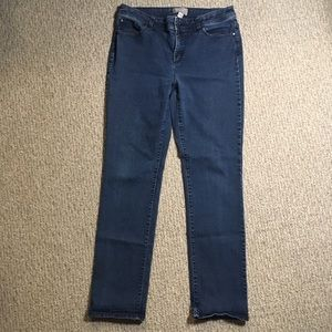 Chicos Fabulously Slimming jeans 32x30.5
